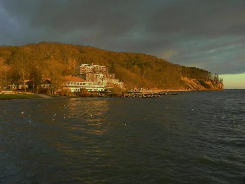 Dom wschodzącego słońca #Gdynia #Orłowo #wschód #sunrise #klif
