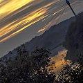 Zachodzące słońce za chmurami #drzewa #góry #liście #łąki #morza #natura #natury #przyroda #rzeki #urok #zieleń #zwierzęta