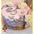 Tort różany na urodziny #róże #tort #TortyArtystyczne #TortyKraków #TortyWalentynki #urodziny