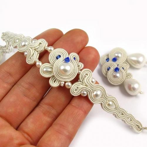 Ślubna bransoletka z perłami
