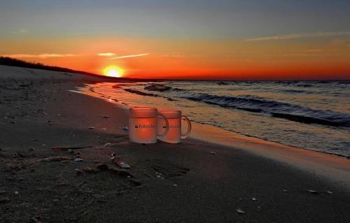 No to chlup po całym i jeszcze raz chlup - tym razem do wody #zachód #sunset #fotosik #morze #sea